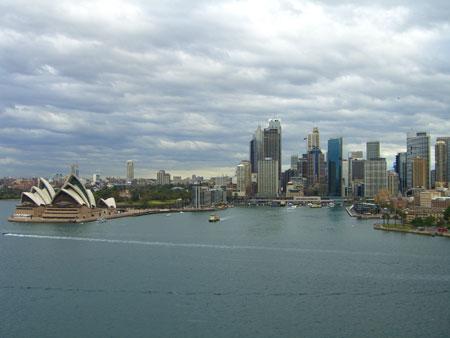 Blick auf Downtown mit Opera House Sydney