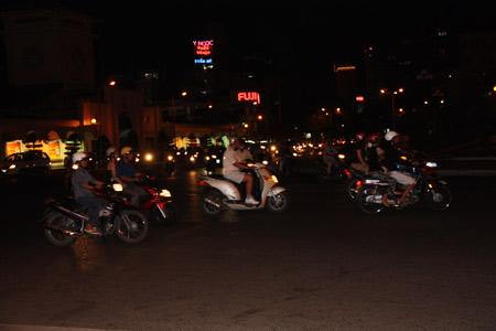 Mopeds im Dunkeln